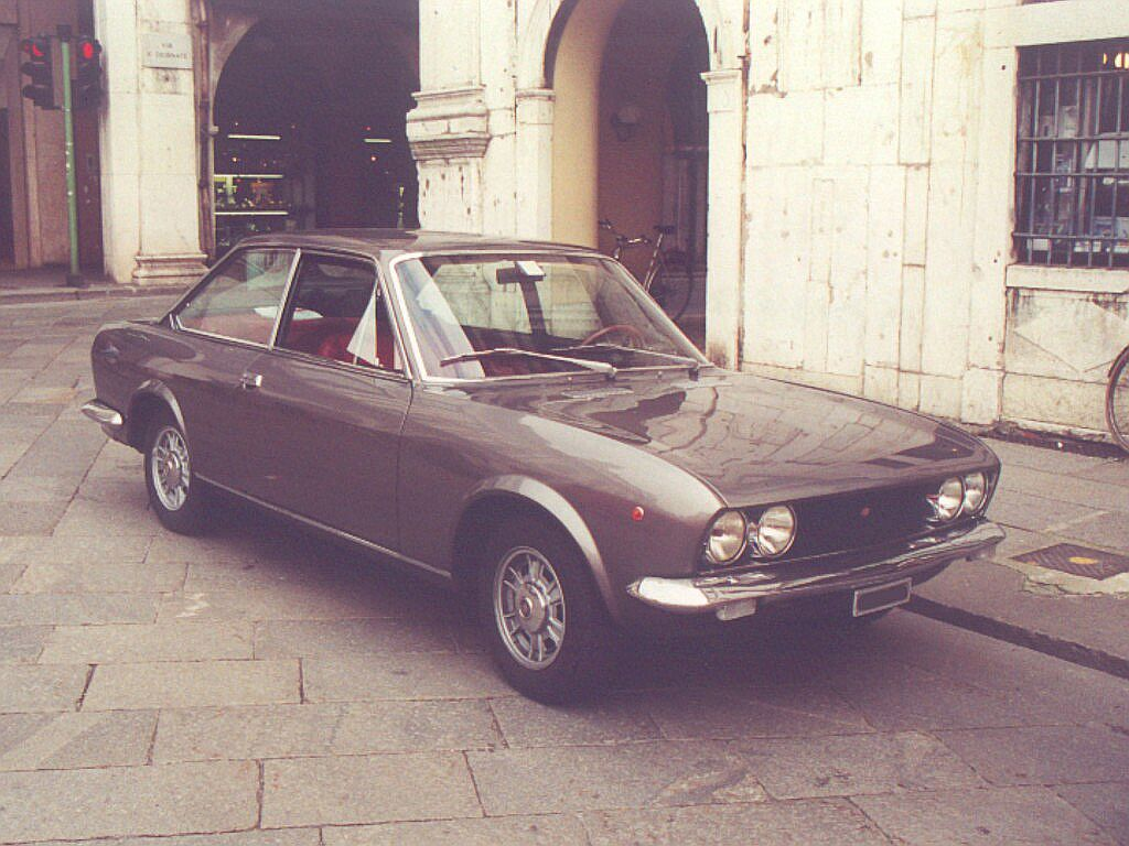 Fiat 124 Sport Coupe - this